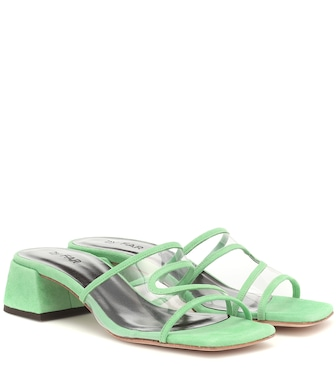 By Far - Sandalen Lola aus Veloursleder - mytheresa.com