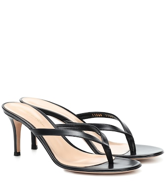 Gianvito Rossi - Calypso leather thong sandals - mytheresa.com