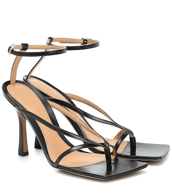 Bottega Veneta - Stretch leather sandals - mytheresa.com