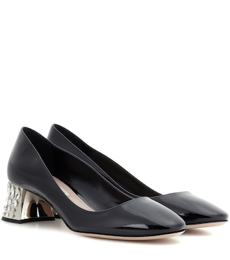 Miu Miu - Embellished patent leather pumps - mytheresa.com