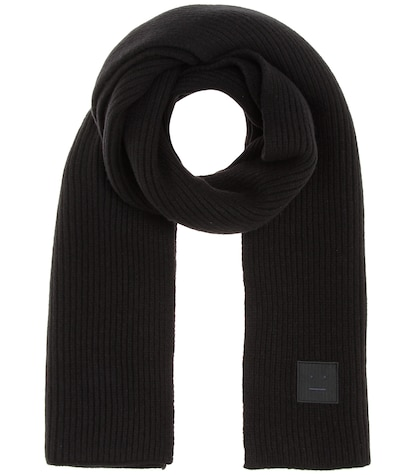 Bansy Face knitted wool scarf