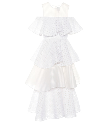 Robe à broderie anglaise