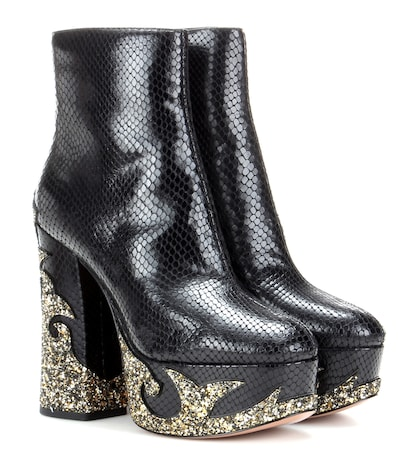 marc jacobs female embossed leather ankle boots