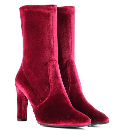 Clinger velvet boots