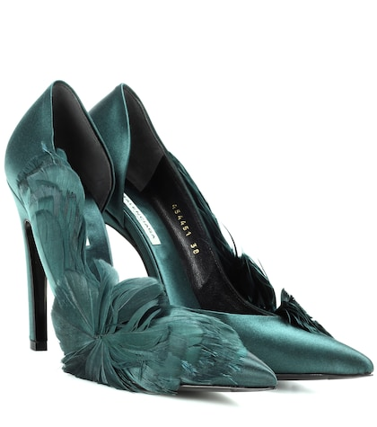 Feather-embellished satin pumps