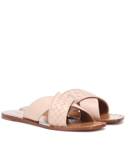 Intrecciato leather slides