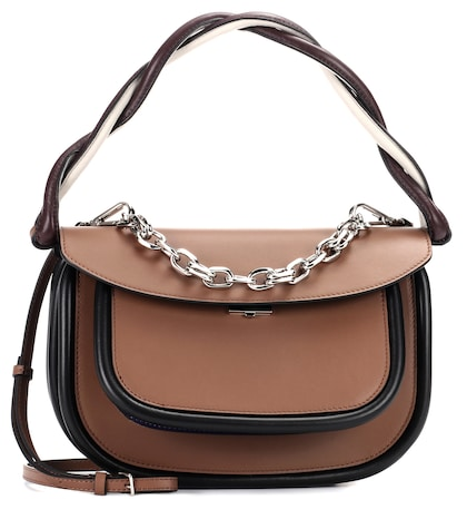 Pump leather saddle bag
