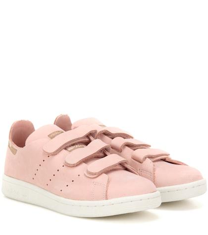 adidas originals female stan smith comfort suede sneakers