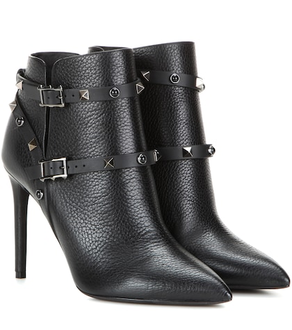 Rockstud Rolling Noir Leather Ankle Boots
