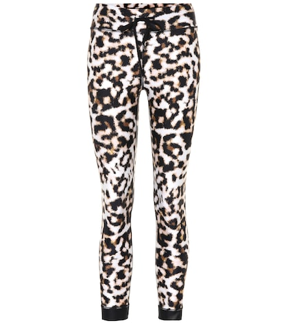 Leopard-printed leggings