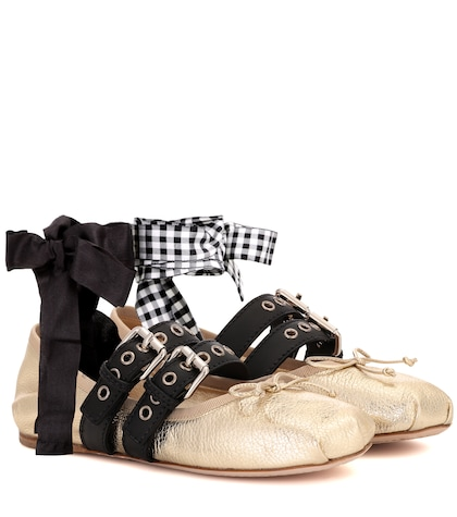 Leather ballerina shoes