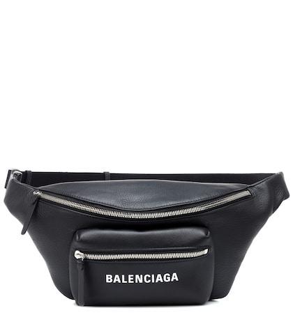 Everyday Logo leather belt bag