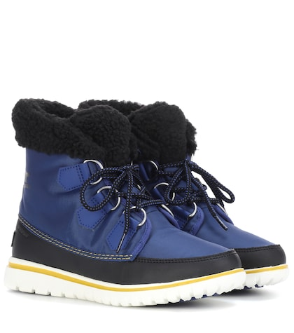 Cozy Carnival ankle boot