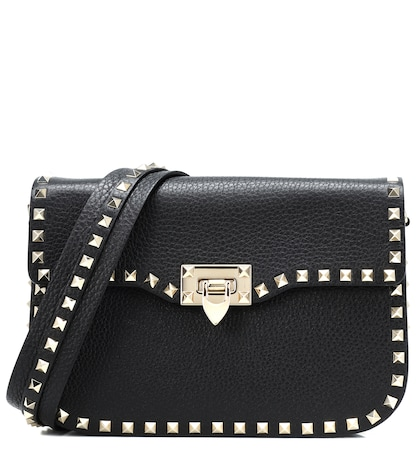 VALENTINO | Valentino Garavani Rockstud leather shoulder bag | Goxip