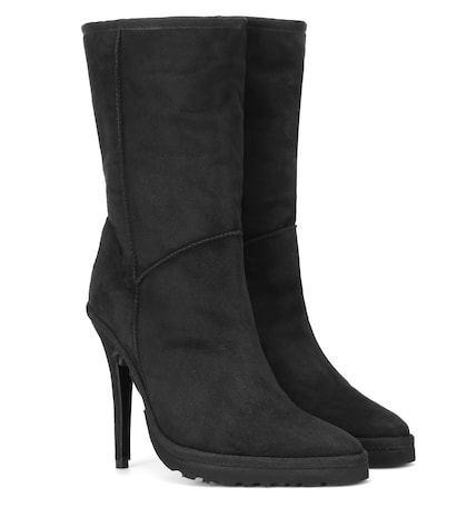x UGG ankle boots