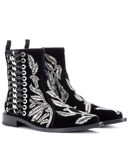 Braided Chain velvet ankle boots