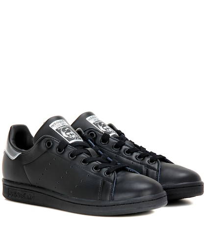 adidas originals female stan smith leather sneakers