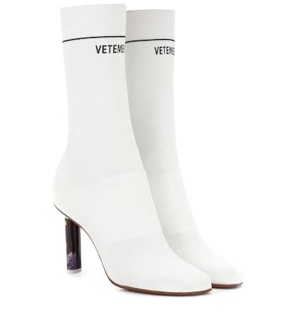 Vetements Knöchels Stiefel Aus Stretch-strick Weiß / Gedruckte Ferse Freies Verschiffen Bilder Ebay Auslass 4rEwXt3JfV