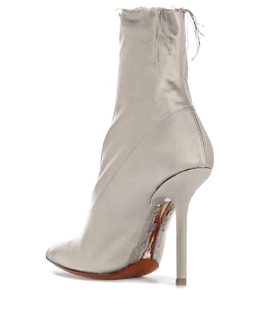 boot Kleidung Taupe Satin Ankle boot Ankle Kleidung Ankle Kleidung Taupe Satin Taupe Aus Aus Satin ggqUOrw