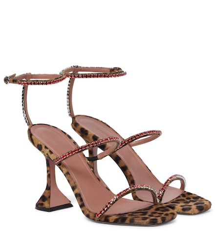 Sandales Gilda en cuir façon poulain à motif léopard - Amina Muaddi - Modalova