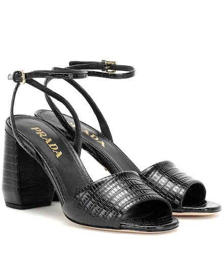 Sandales en cuir embossé - Prada - Modalova