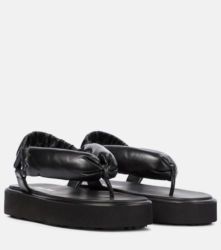 Sandales à plateforme en cuir matelassé - Miu Miu - Modalova