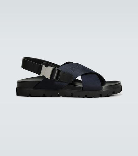 Sandales croisées à boucle - Prada - Modalova