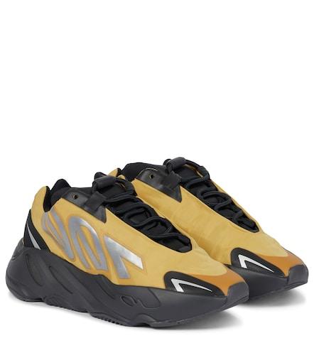 Baskets YEEZY Boost 700 MNVN - adidas - Modalova