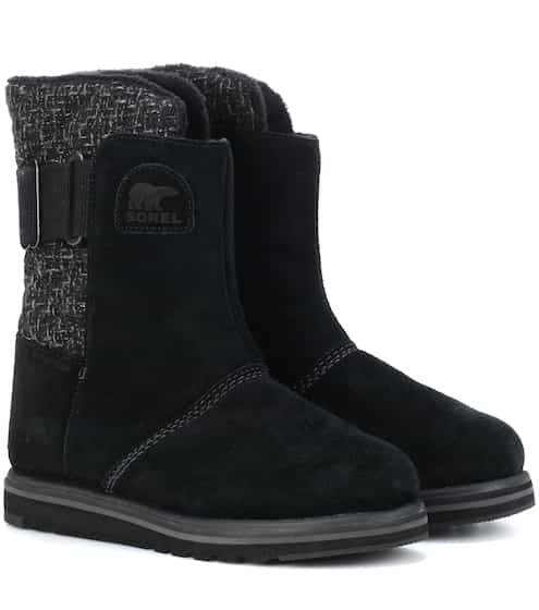 flat boots shoes shop now at. Black Bedroom Furniture Sets. Home Design Ideas