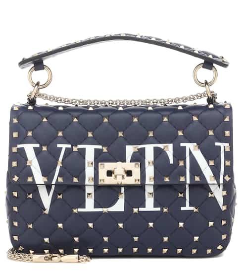 발렌티노 VLTN 락스터드 스파이크 숄더백 네이비 (김서형 착용) Valentino Garavani VLTN Rockstud Spike leather shoulder bag