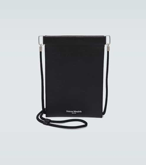 메종 마르지엘라 아이폰 파우치 Maison Margiela Grainy embossed leather iPhone pouch