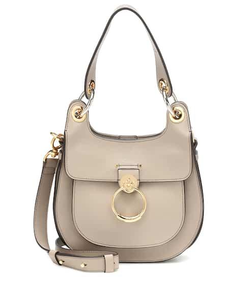 끌로에 테스백 스몰, 호보 쉐입 - 페레니얼 베이지 Pre-Fall 2019 Chloe Tess Small leather shoulder bag