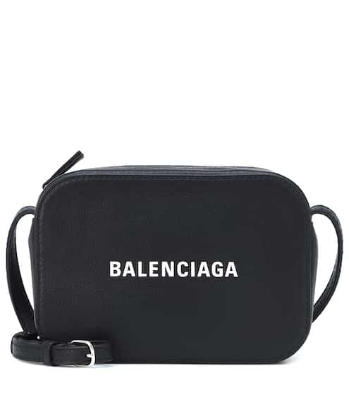 50ee69f8314 Everyday XS leather crossbody bag | Balenciaga