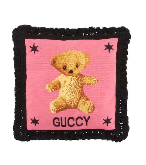 구찌 곰돌이 자수 바늘꽂이 쿠션 Gucci Embroidered needlepoint cushion