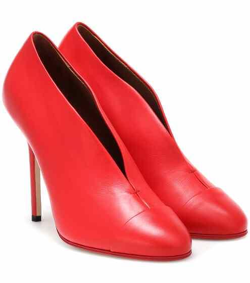 52cdf793fa Designer Pumps - Luxury Heels for Women at Mytheresa