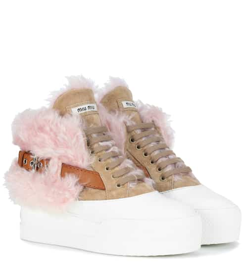 Miu Miu Sneakers aus Veloursleder und Faux Fur