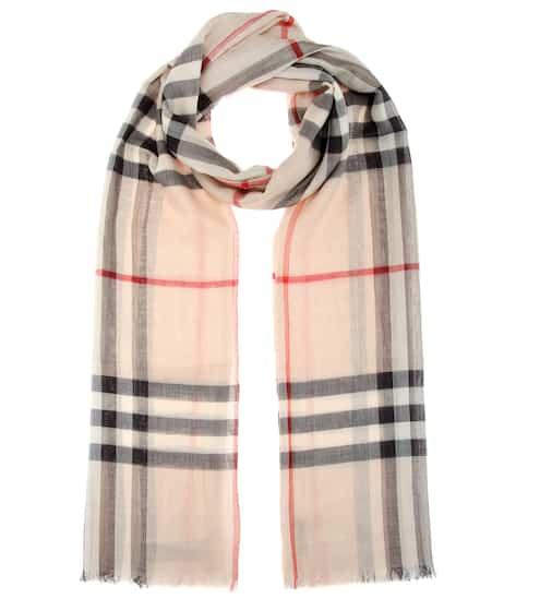 버버리 Burberry Wool and silk scarf