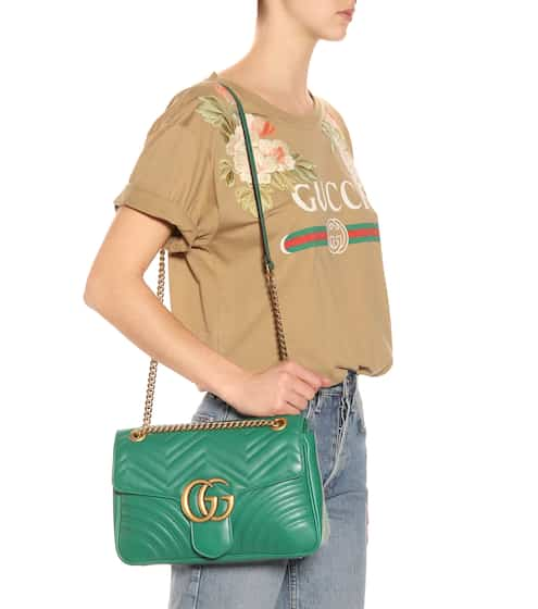 GG Marmont Medium leather shoulder bag | Gucci
