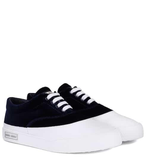 Miu Miu Sneakers aus Samt