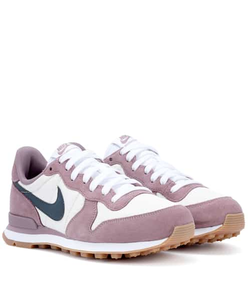 Nike Sneakers Nike Internationalist aus Veloursleder