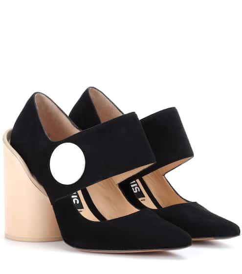 Jacquemus Pumps Les Chaussures Gros Boutons aus Veloursleder