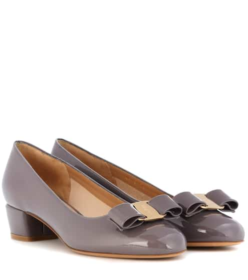 Salvatore Ferragamo Pumps aus Lackleder