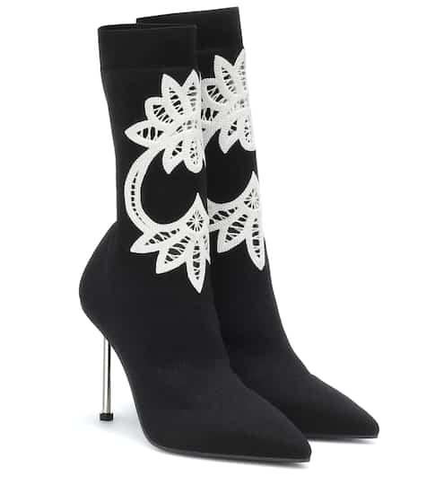 1b3ebb2064e Alexander McQueen Shoes for Women