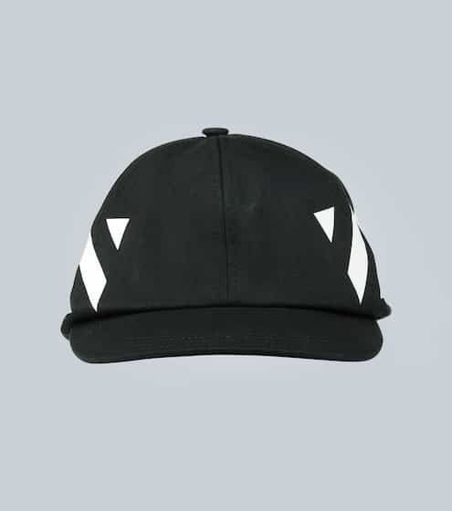 오프화이트 Off-White Diagonal baseball cap