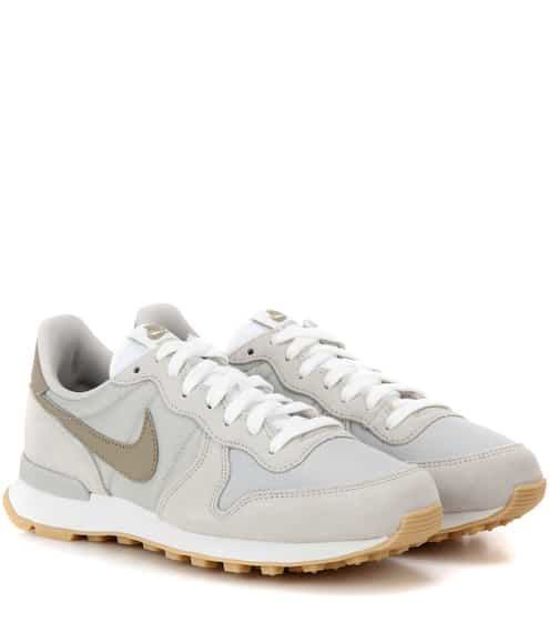 Nike Sneakers Internationalist aus Veloursleder