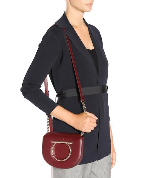 e9819cfb4a Salvatore Ferragamo - Vela Medium leather shoulder bag - mytheresa.com