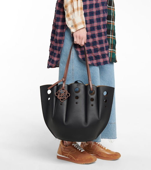 Loewe - Shell leather tote - mytheresa.com