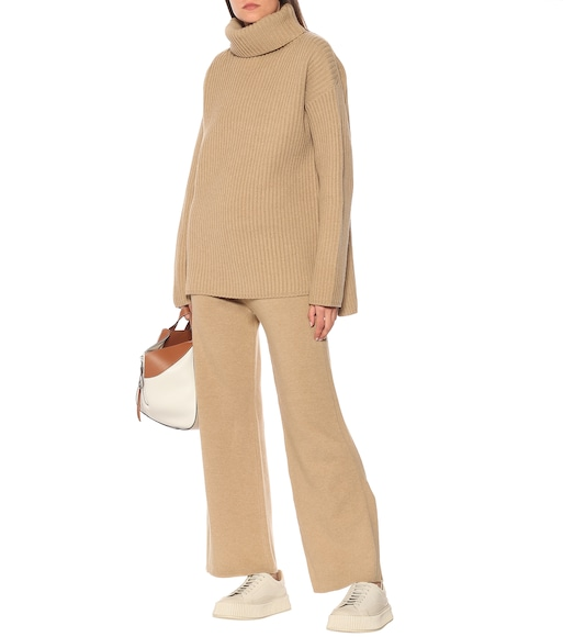 Joseph - Oversized wool turtleneck sweater - mytheresa.com