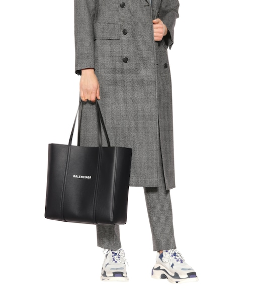Balenciaga - Everyday M leather tote - mytheresa.com